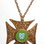 Fancy Enamel Vintage Chunky Maltese Cross Pendant Necklace No Wear