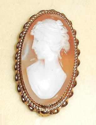 Vintage 12k Gold Filled Carved Natural Shell Cameo Pin In Box