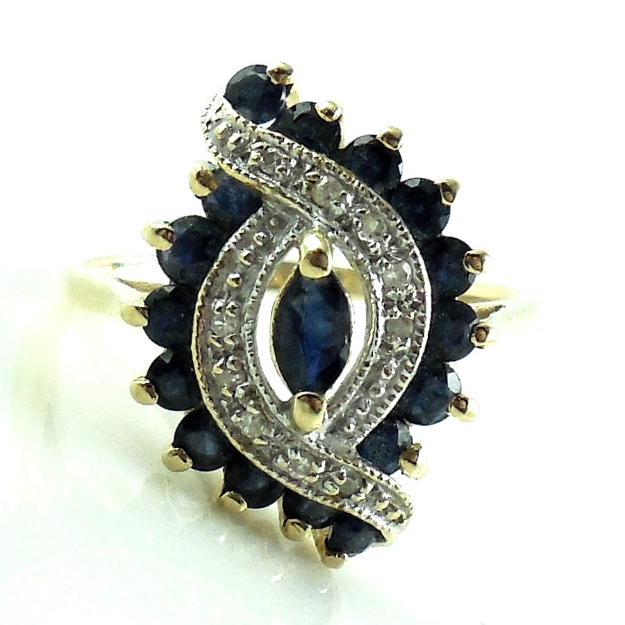 Ornate Vintage 14k Gold And .68 Cts Diamonds And Sapphires Ring Size 6