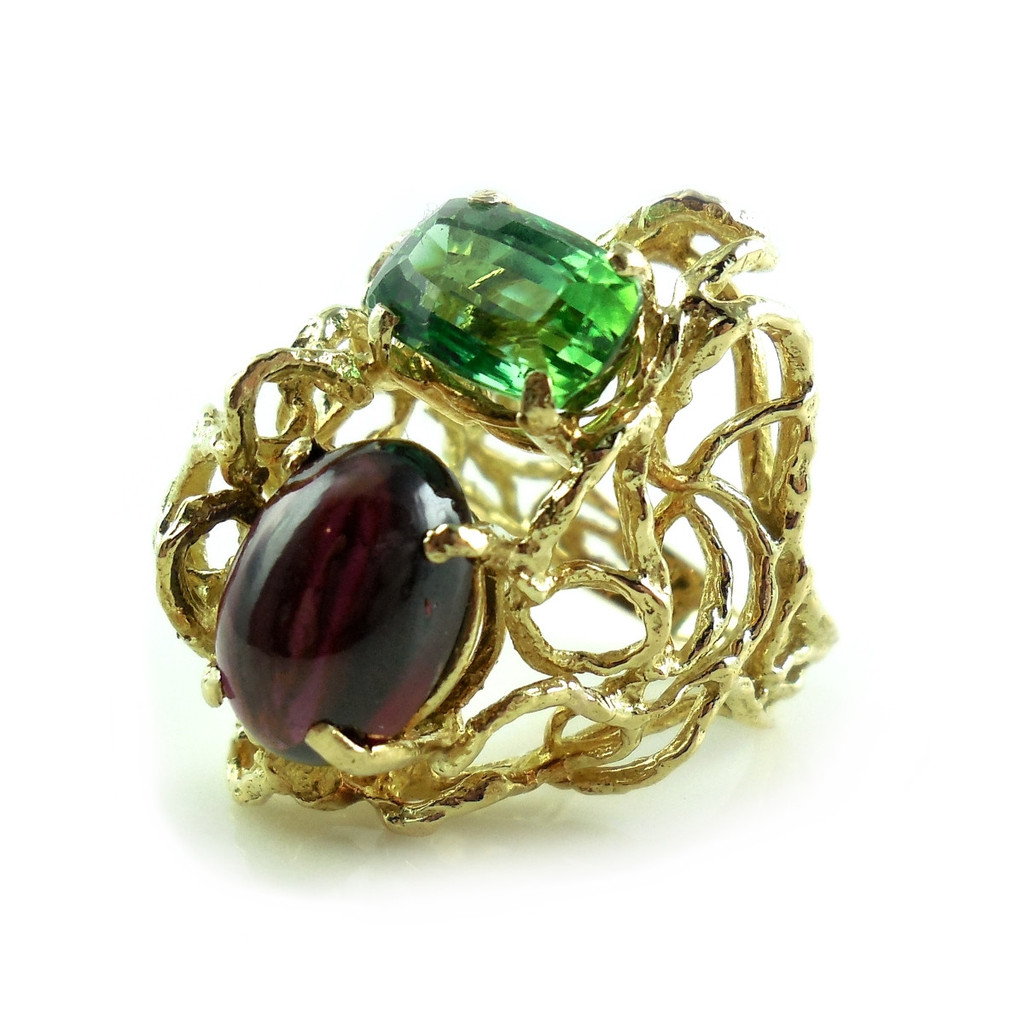 Large Heavy Vintage Hand Wrought 18k Yellow Gold Tourmaline Garnet Ring Size 5.5