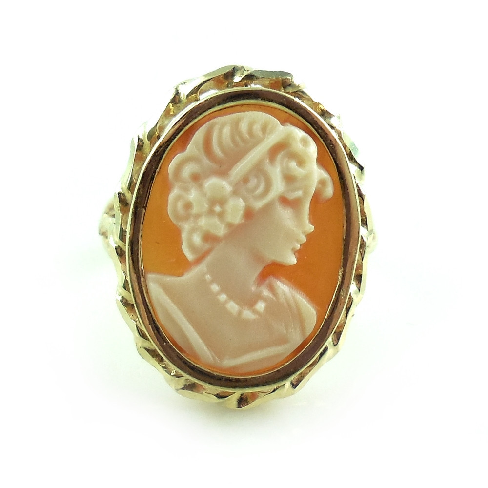 Vintage 14k Yellow Gold Carved Shell Cameo Ring Size 5.5