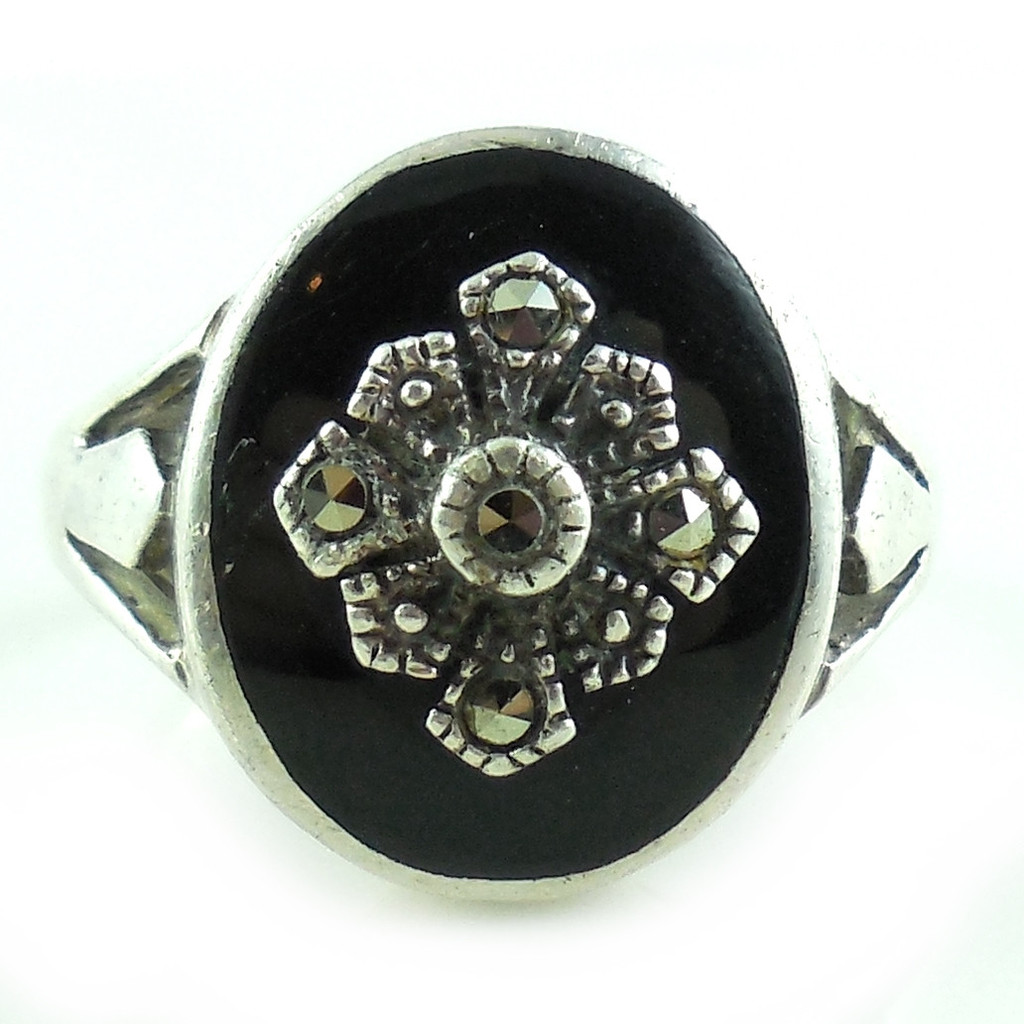 Vintage Sterling Silver Oval Onyx Cab Cut Steel Marcasites Ring Size 7 3/4