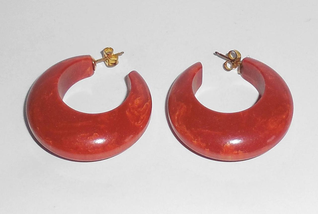 Strongly Marbled Orange Red Chunky Vintage Bakelite Open Hoop Earrings