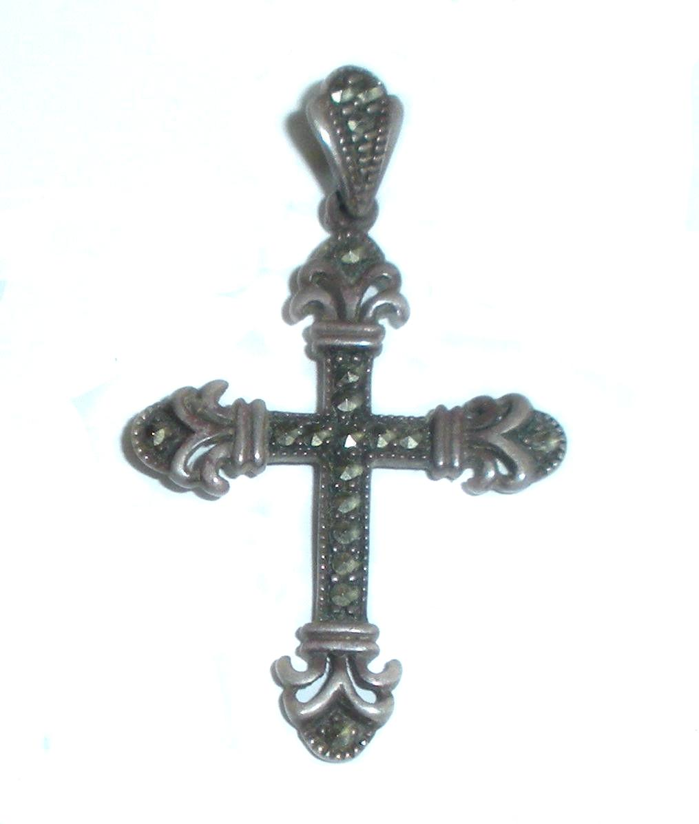 Vintage Sterling Silver And Marcasites Fancy Cross Pendant Fleur De Lis Arms