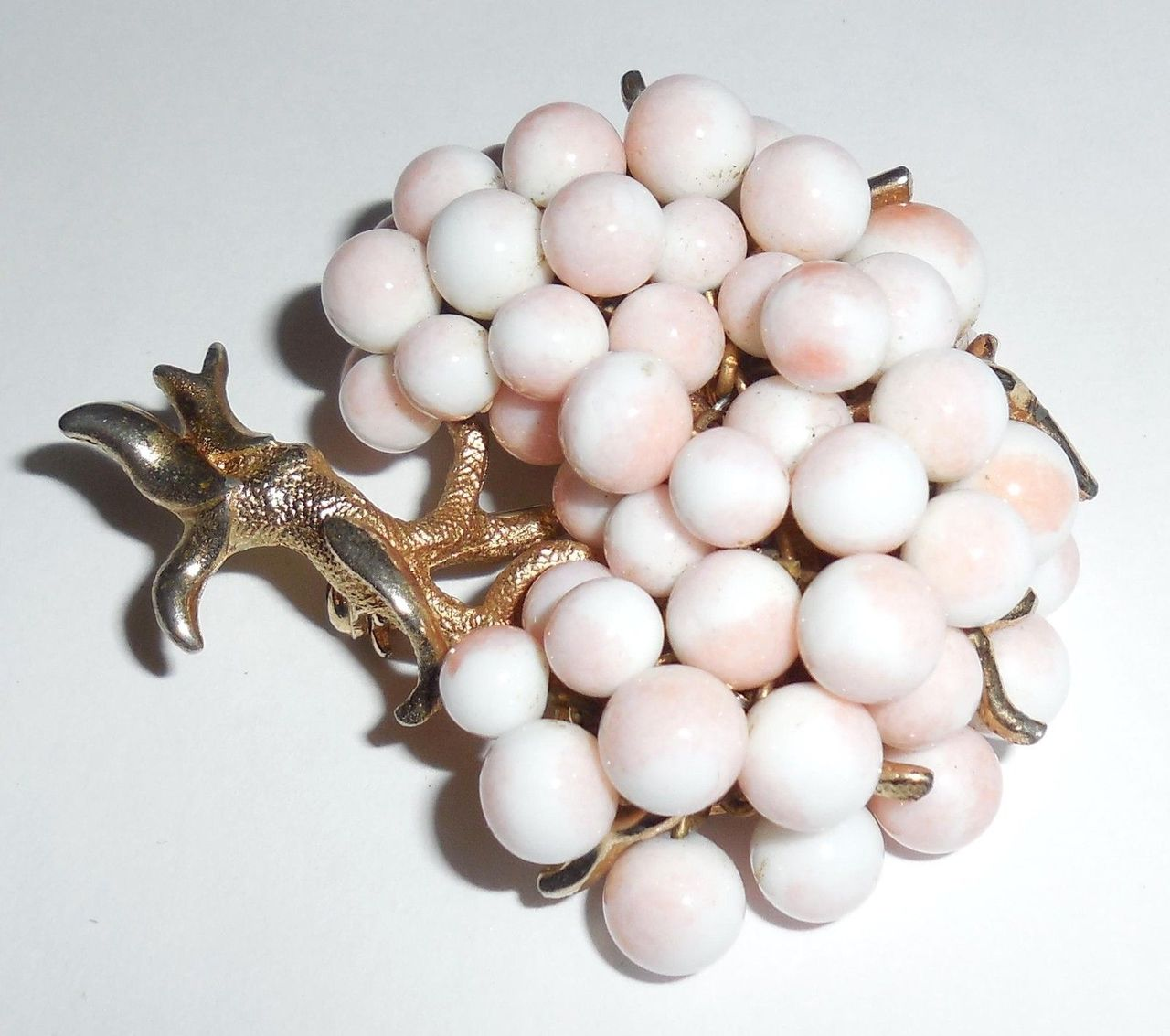 Vintage Glass Angleskin Coral Wire Strung Cherry Blossoms Tree Pin Exc Cond Minimal Wear
