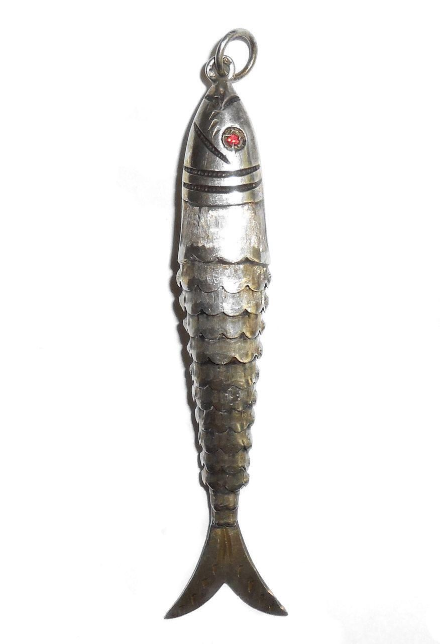 Long Vintage Late Art Deco Sterling Silver Articulated Fish Pendant Hallmarked