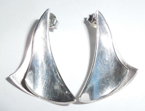 Vintage Modernist Tkf Trifari Small Sterling Silver Wind Sails Earrings Pierced
