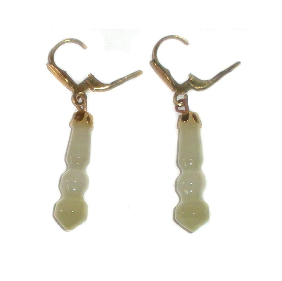 Vintage Gold Plated European Leverback Carved Lt Green Onyx Stone Dangle Earrings Pierced