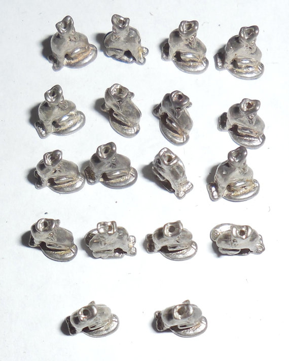 18 Drilled Tiny Vintage Sterling Silver Sitting Howling Dogs Connectors Parts